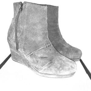 Toms Grey Wedge Zip Up Booties Size 8